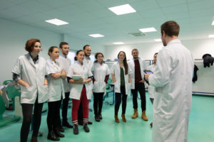 brief élèves ESO Paris Clinique